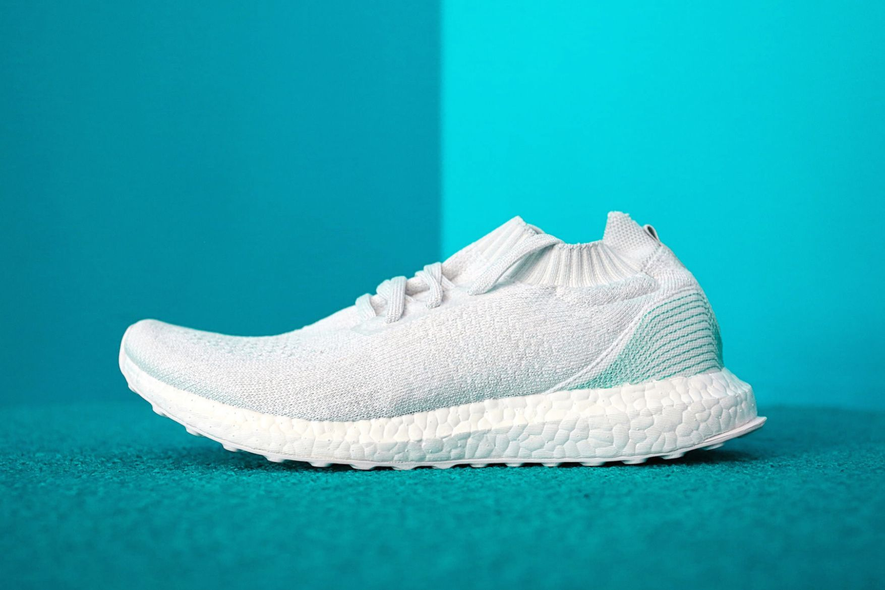 low priced ac59b c688c adidas x Parley Ocean 聯名海洋保育別注 UltraBoost Uncaged ...