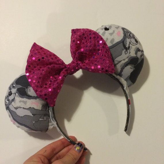 This listing is for one made-to-order beautiful Puppy Love Mouse Ears headband! This is perfect for anyone who loves spaghetti and puppy