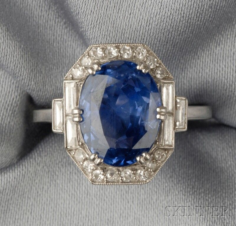 How Many Carats Is Princess Diana Sapphire Ring