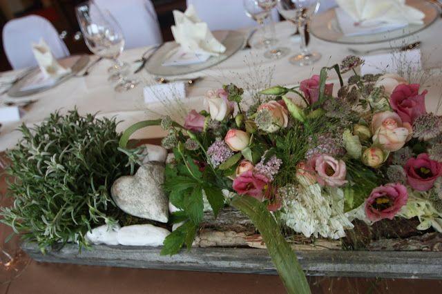 Fantastisch Steingarten Tischdekoration Für Eine Trachtenhochzeit