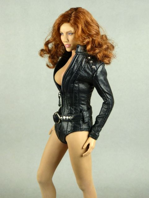 ROWENA: Sexy female action figures
