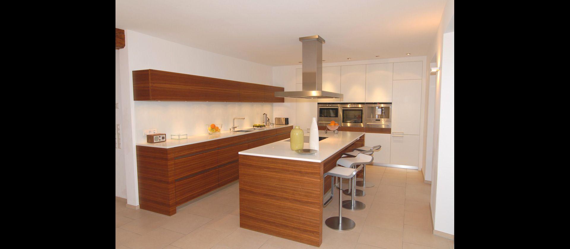 Küche Nussbaum mtb küche in nussbaum und mineralstein cuisine