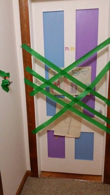 2015 trapped door & 2015 trapped door | Chippy our antique elf on the shelf | Pinterest ...