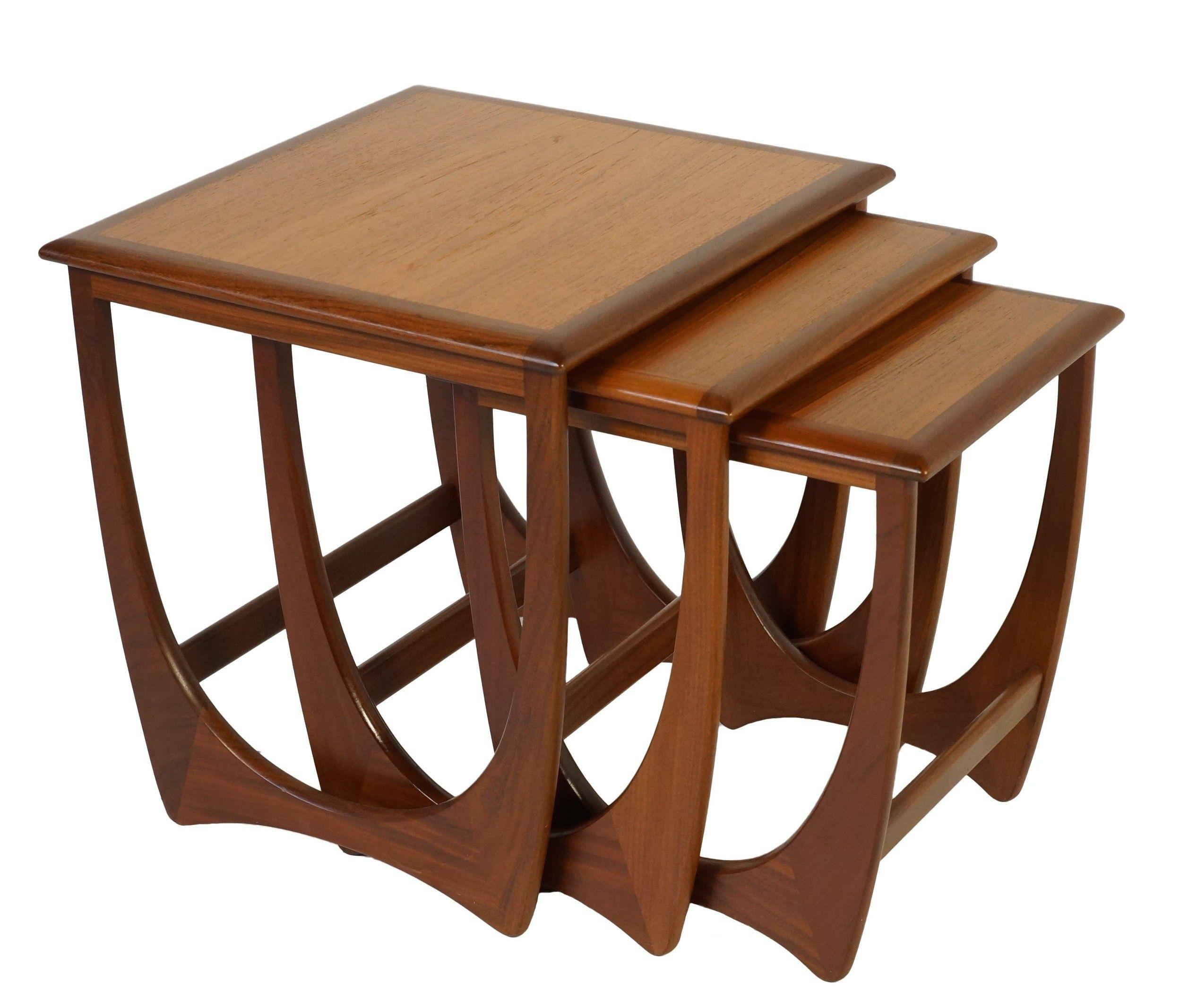 Ensemble De 3 Tables Gigognes En Teck G Plan Victor Wilkins 1960 Design Market Coffee Table Design Modern Coffee Table Design Decor