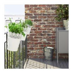 ikea skurar blumentopf mit halter einfach am balkongel nder einh ngen und selbst der. Black Bedroom Furniture Sets. Home Design Ideas