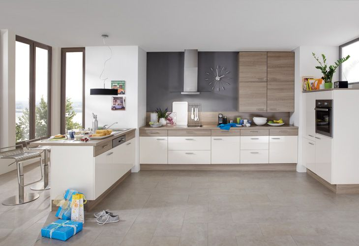 #Küche In Weiß #Kücheninsel #Wohnküche Www.dyk360-kuechen