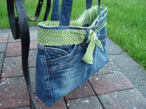 tasche aus einer alten jeanshose taschen pinterest. Black Bedroom Furniture Sets. Home Design Ideas