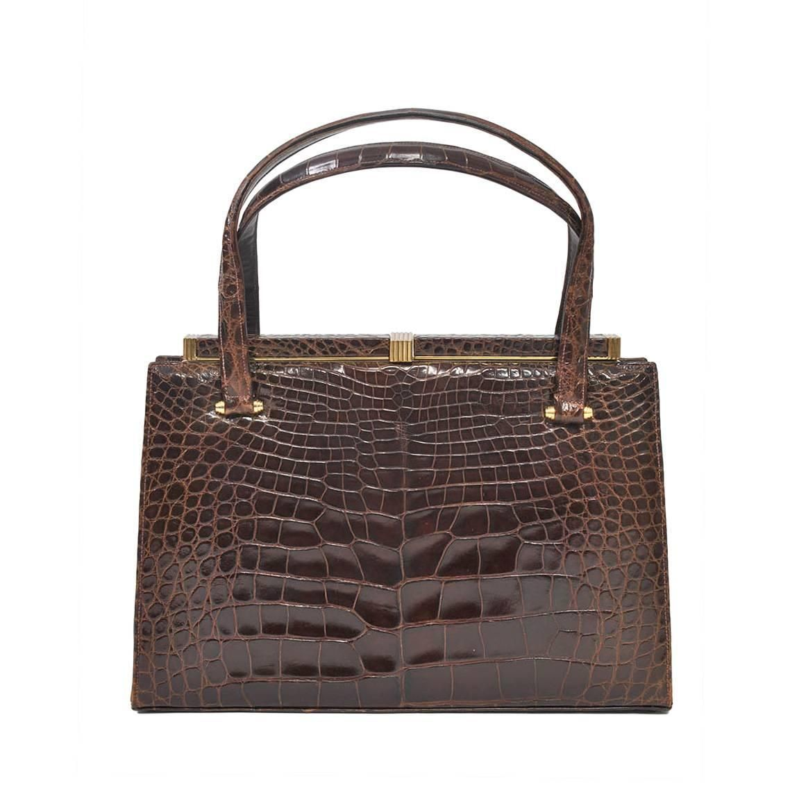 52256a633500 Pin by MRVCT on My True Love - Vintage Handbags