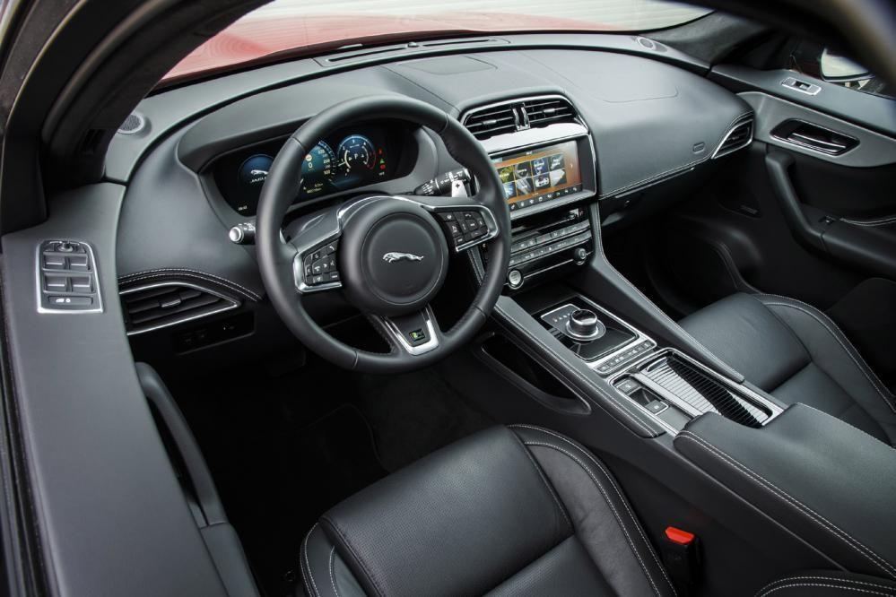 Jaguar F PACE SUV Blasts To The Top | Eurekar