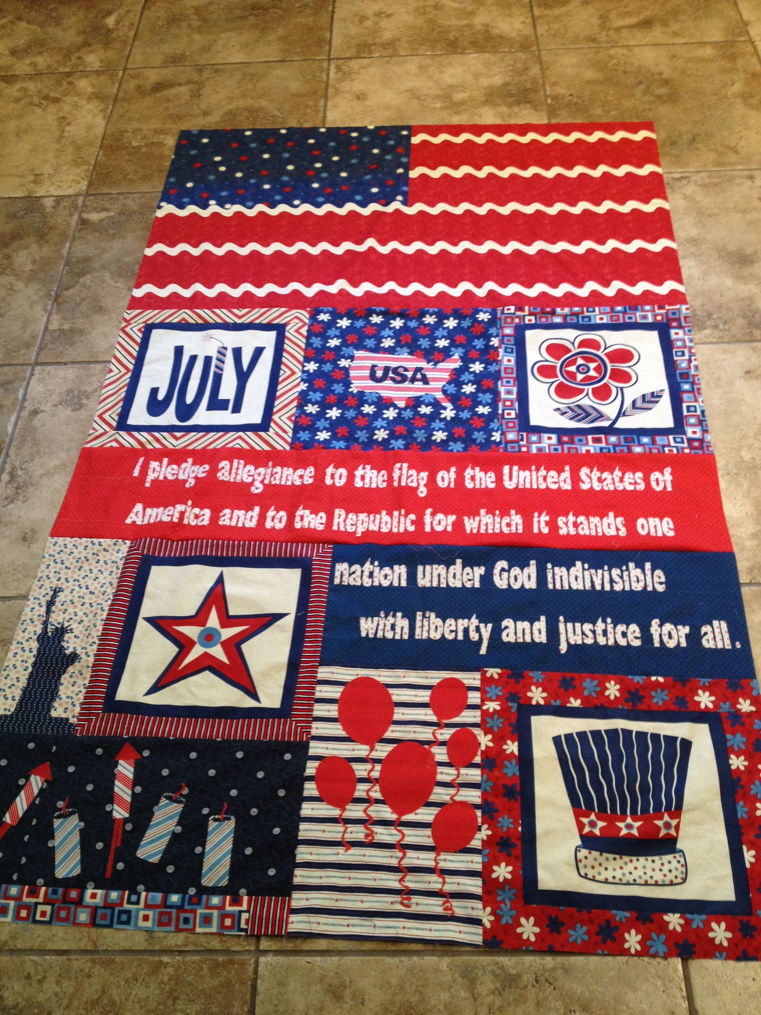 Fourth of July quilt top - I made up the pattern. | Quilting ... : fourth of july quilt pattern - Adamdwight.com