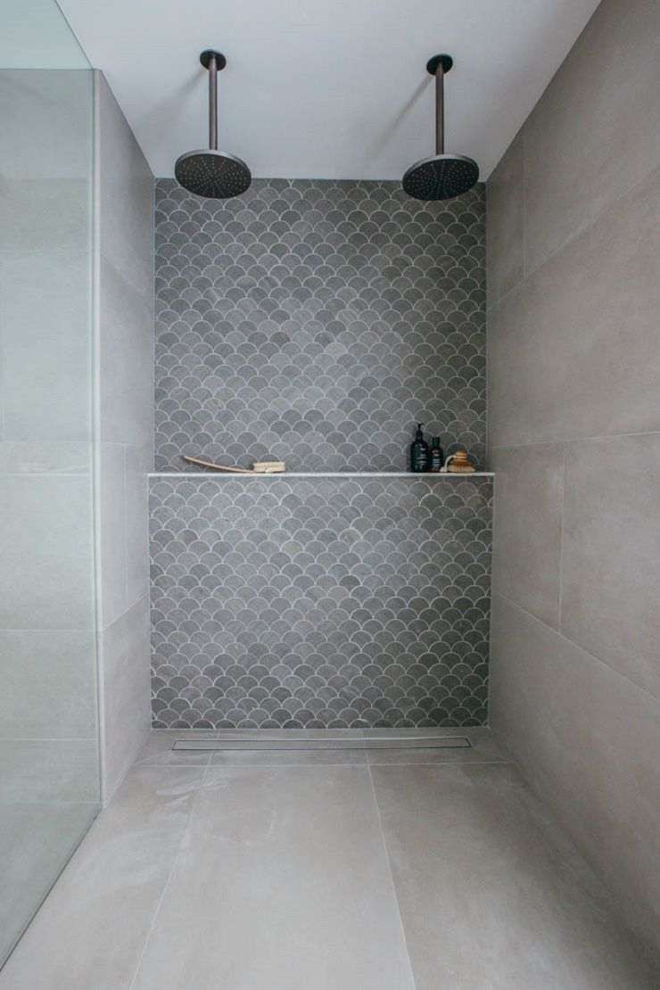 Shower ledge - ours would have accent tile on upper portion only #bathroomrenoideas