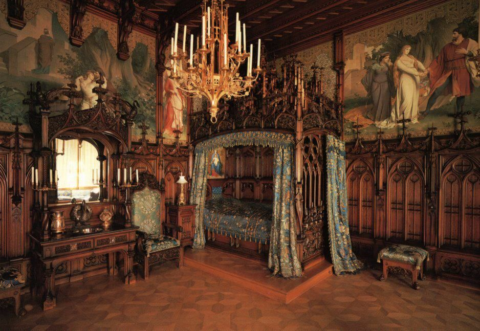 Neuschwanstein Castle   King Ludwigu0027s Bedroom