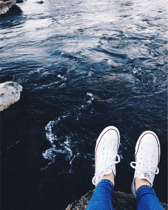 Pin By Izzy Leadbeater On Photos Pinterest Photography Tumblr Photography Blue Aesthetic