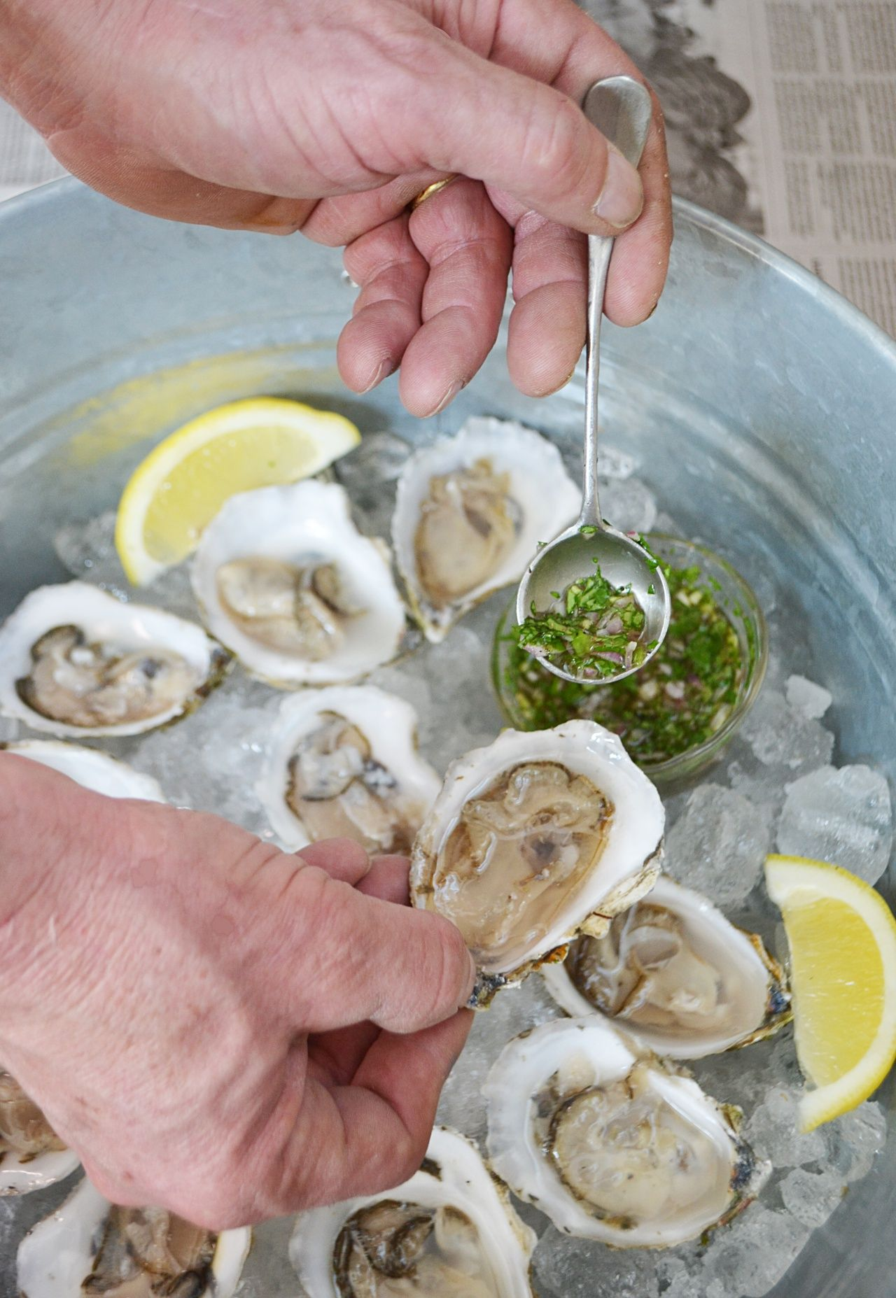 How To Shuck Oysters Mignonette Recipe Cooking Advice Oysters