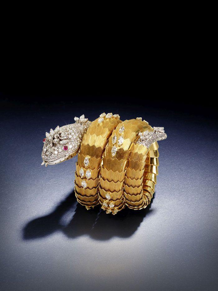 4f324f18e307 Pin by Neha N on jewels