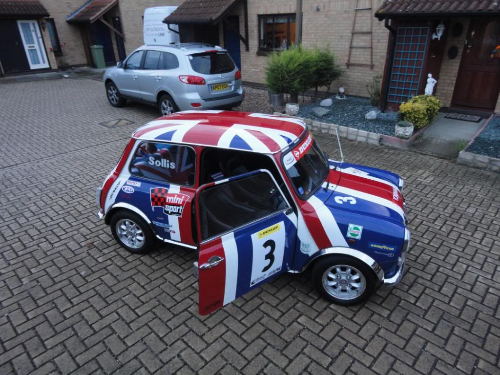 unionjack mini you drive car rental faro airport. Black Bedroom Furniture Sets. Home Design Ideas