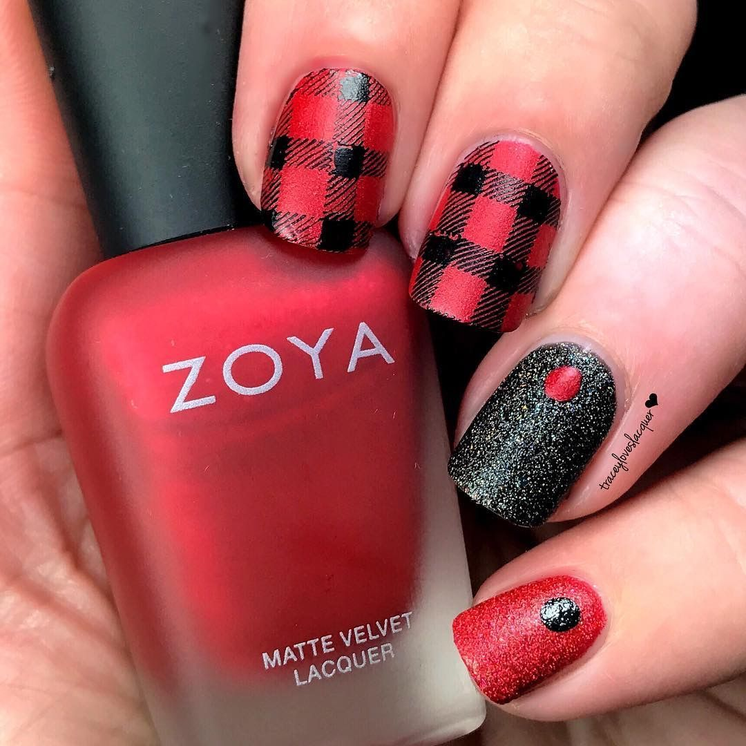 Watch 12 Modern Checkered Nail Art Designs video