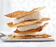 Caramelisierter Apfelschaum mit Sesam-Cracker