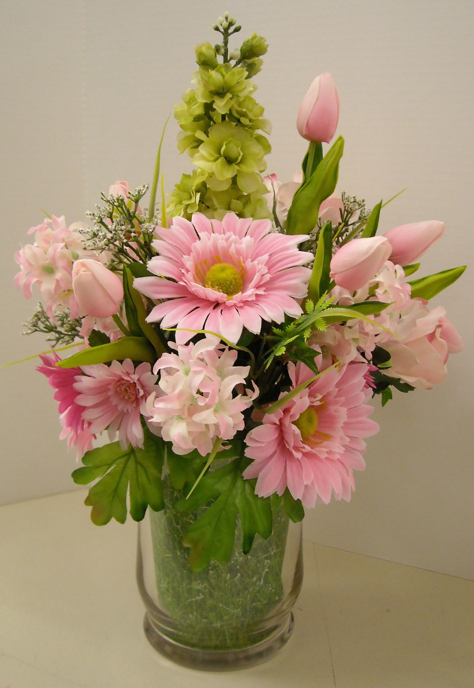 Mixed Pink And Green Flowers In Glass Vase Flowers Pinterest