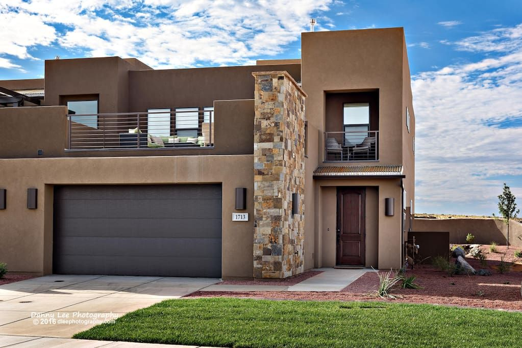 Red Rock Vista Houses For Rent In St George Utah United States In 2020 Vista House Renting A House House
