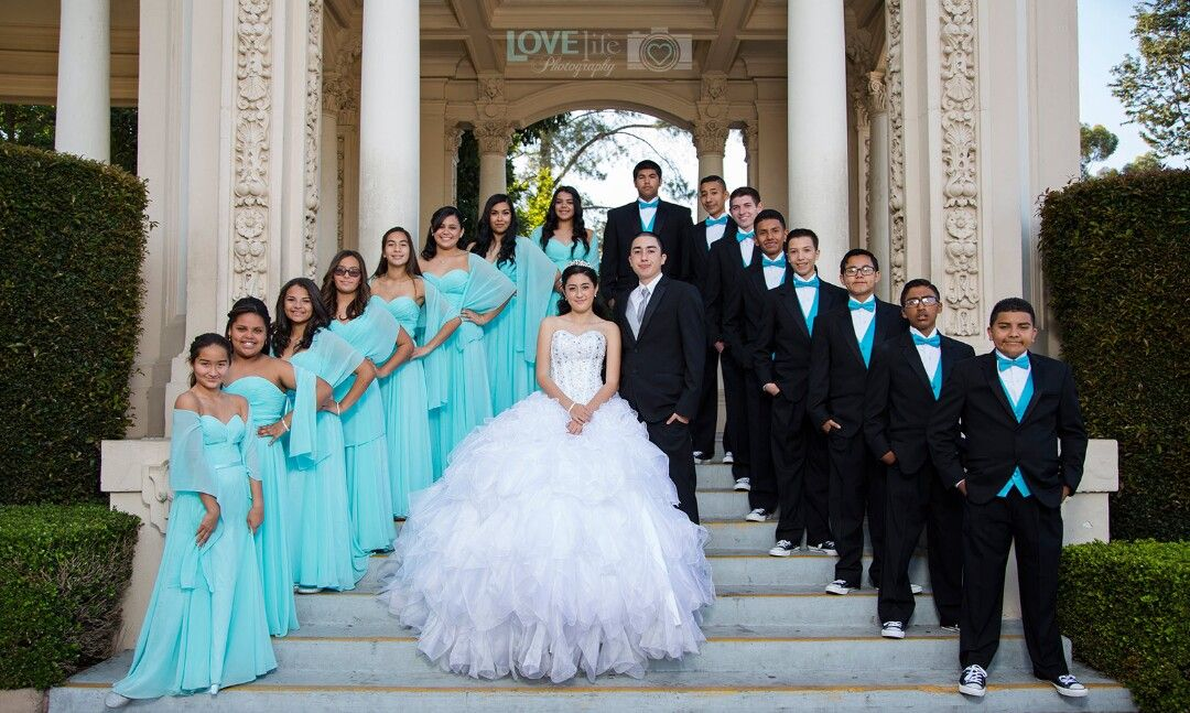 Pin by Kiana💋 on Quinceanera (With images) Quinceanera