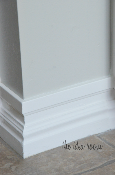 Upgrade Builder S Grade Baseboards Without Replacing Just Add A Strip Of Molding An Inch Above The Original Baseboard Paint Genius
