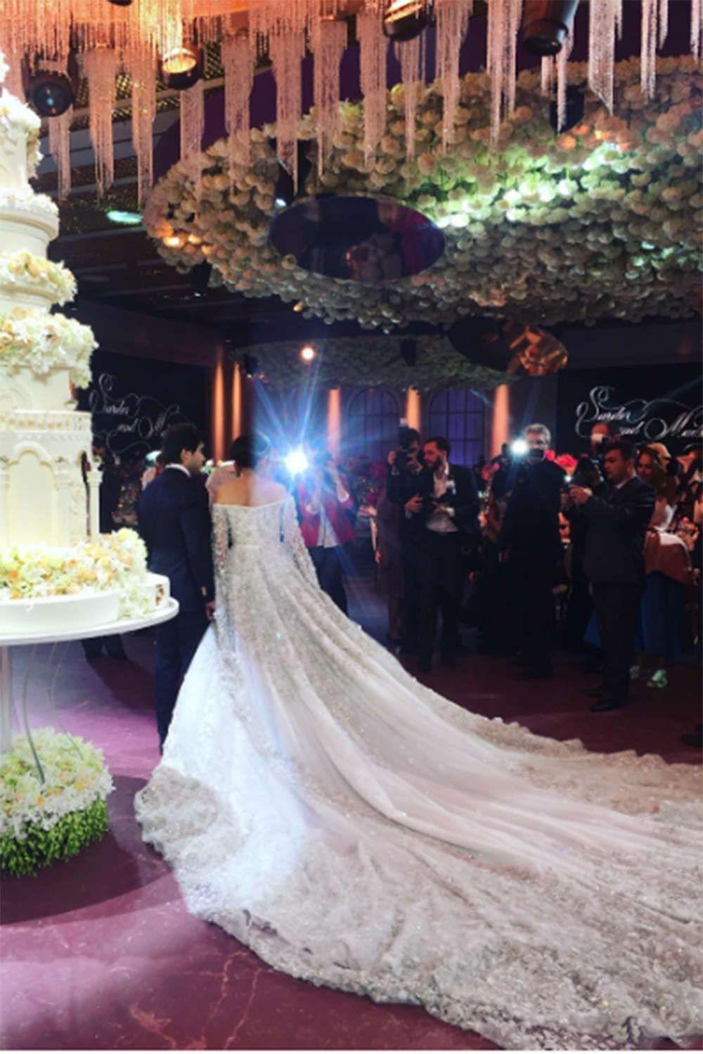 Die schönsten Brautkleider der Stars  Hochzeitskleid lange