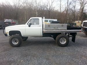 GMC - item condition used 1986 military m1008 diesel chevy 4x4 k30
