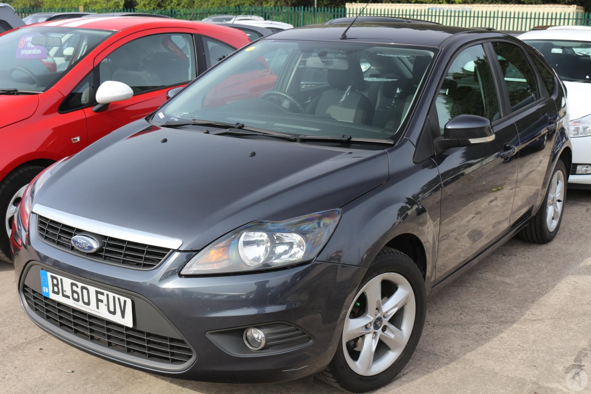 used focus zetec ford doncaster cars black panther hatchback