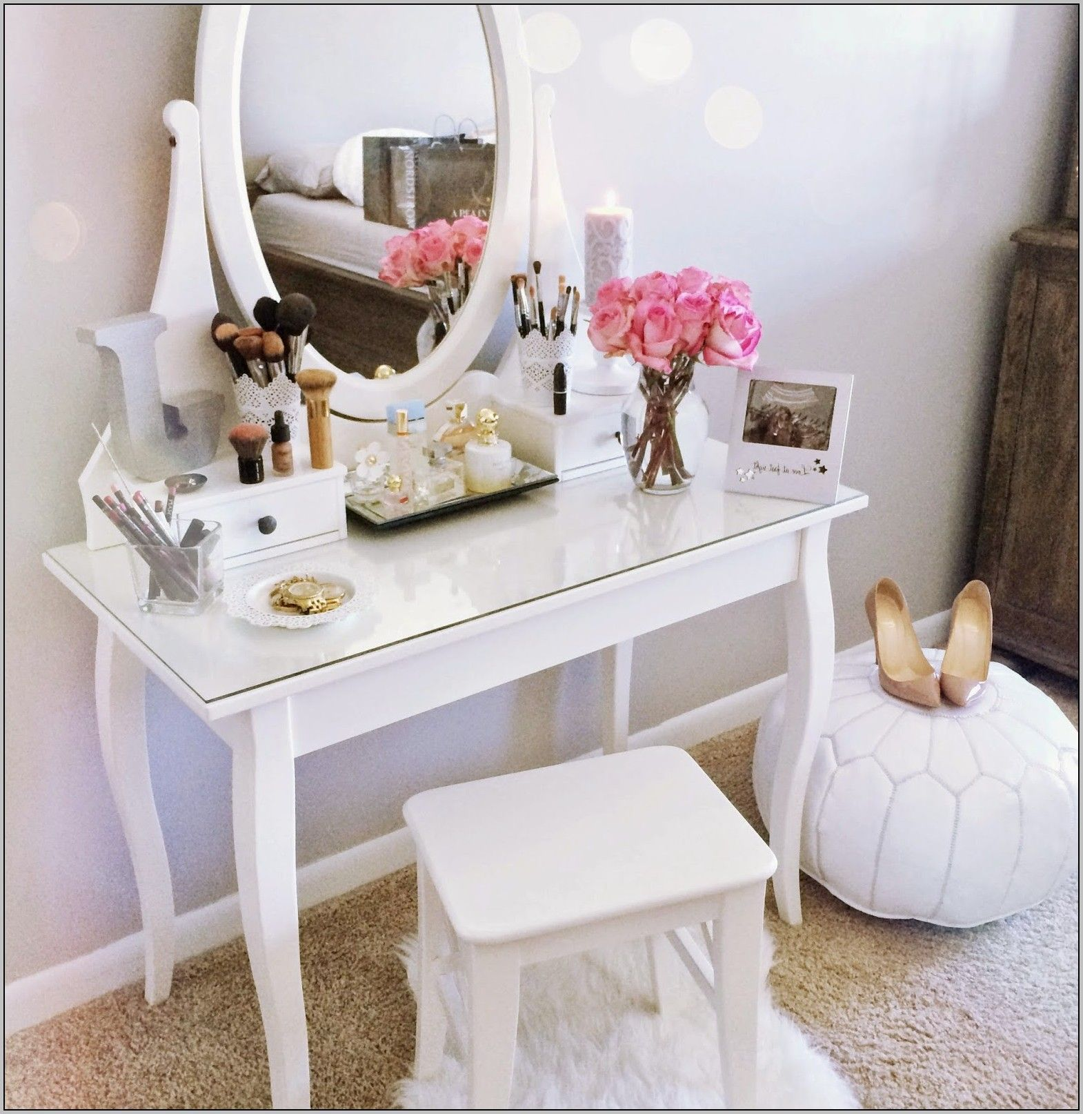 Makeup Vanity Desk Bed Bath And Beyond Room Inspiration Room Decor Home Decor