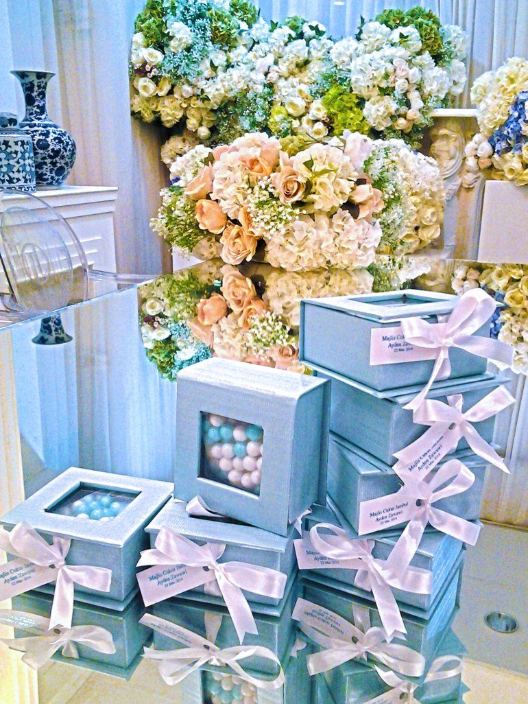 Malay Modern Reception Favors Gifts Flora Wedding And 50051