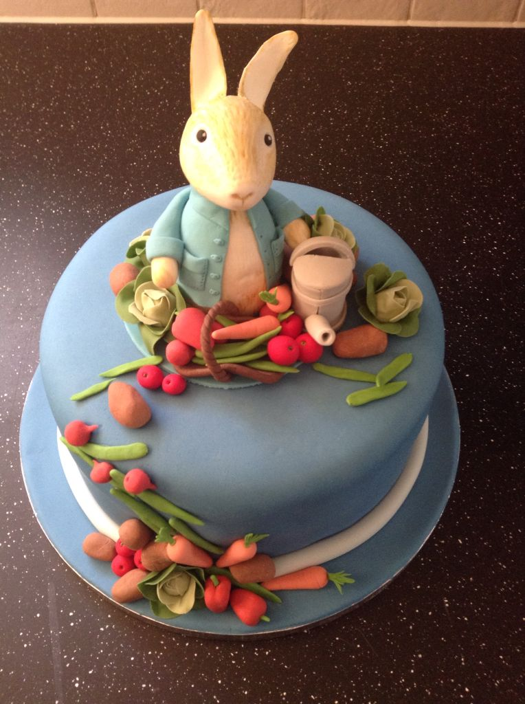 Peter rabbit birthday cake for an adult Birthdays Pinterest