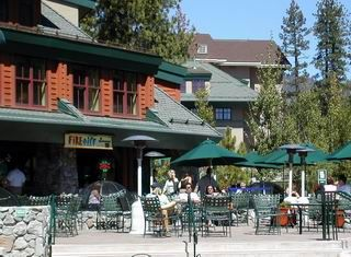Best People Watching Spot In Tahoe With Some Great Food Too Fire And Ice South Lake Located The Heavenly Village Center