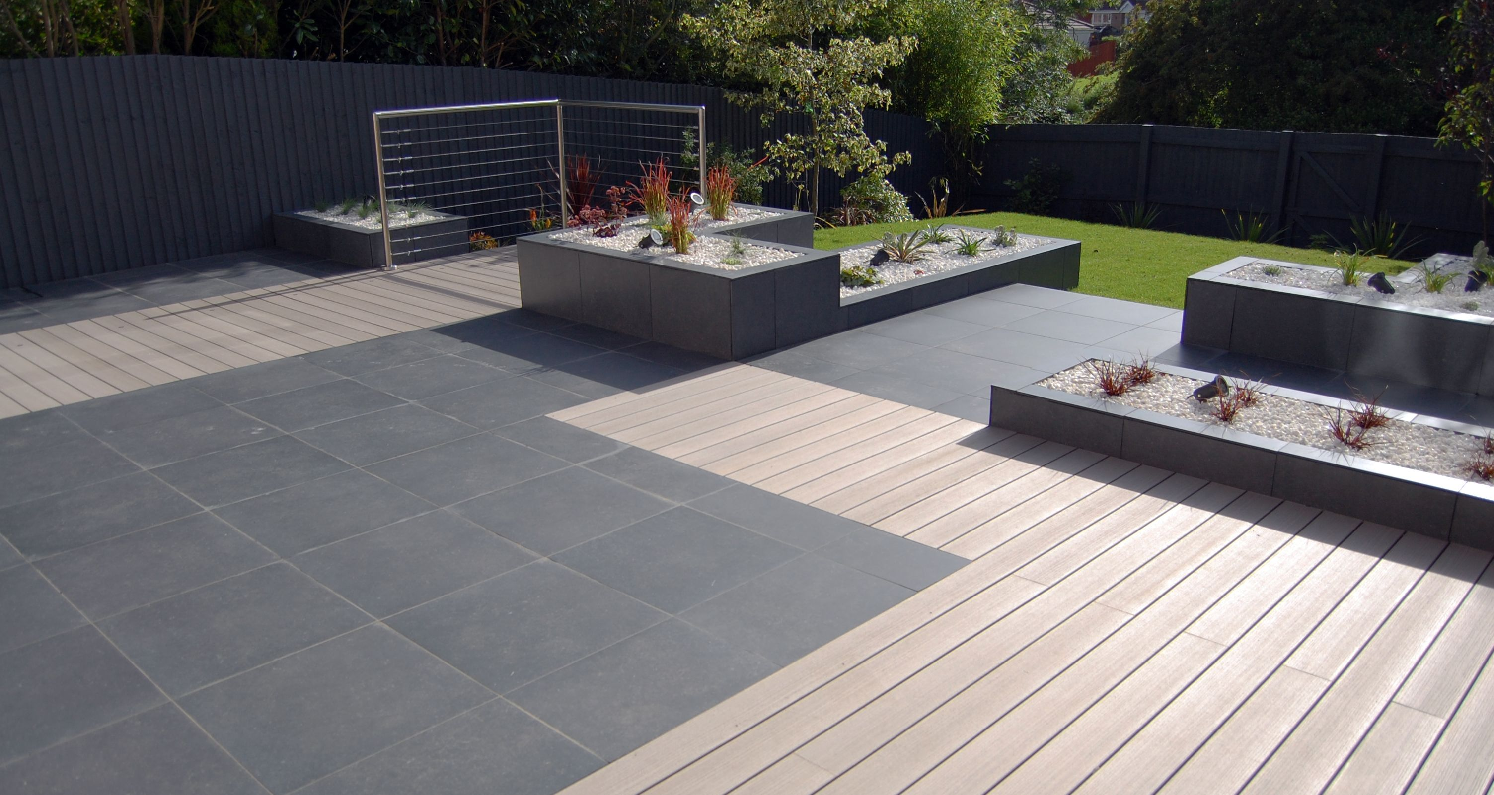 Porcelain Paving And Composite Decking, Minimalist Style Garden Design By  Robert Hughes