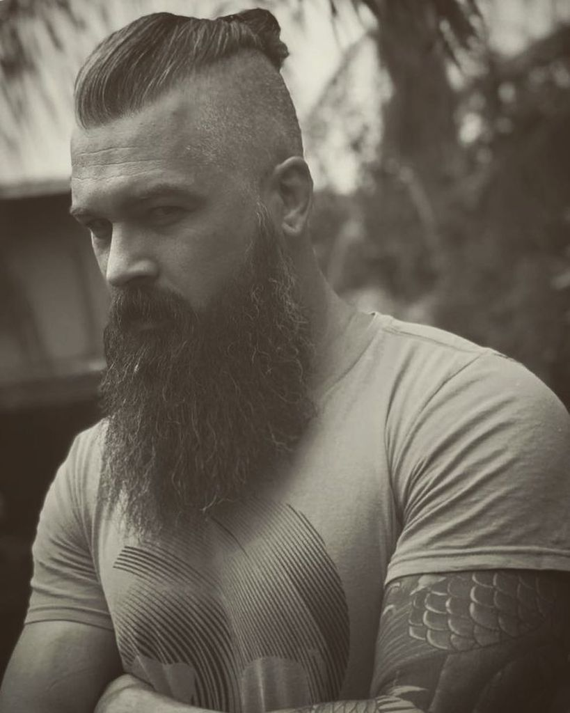 56 Best Viking Beard Style To Perfect Your Style Beard Perfect Style Viking In 2020 Barte Und Haare Frisur Und Bart Bart Styles