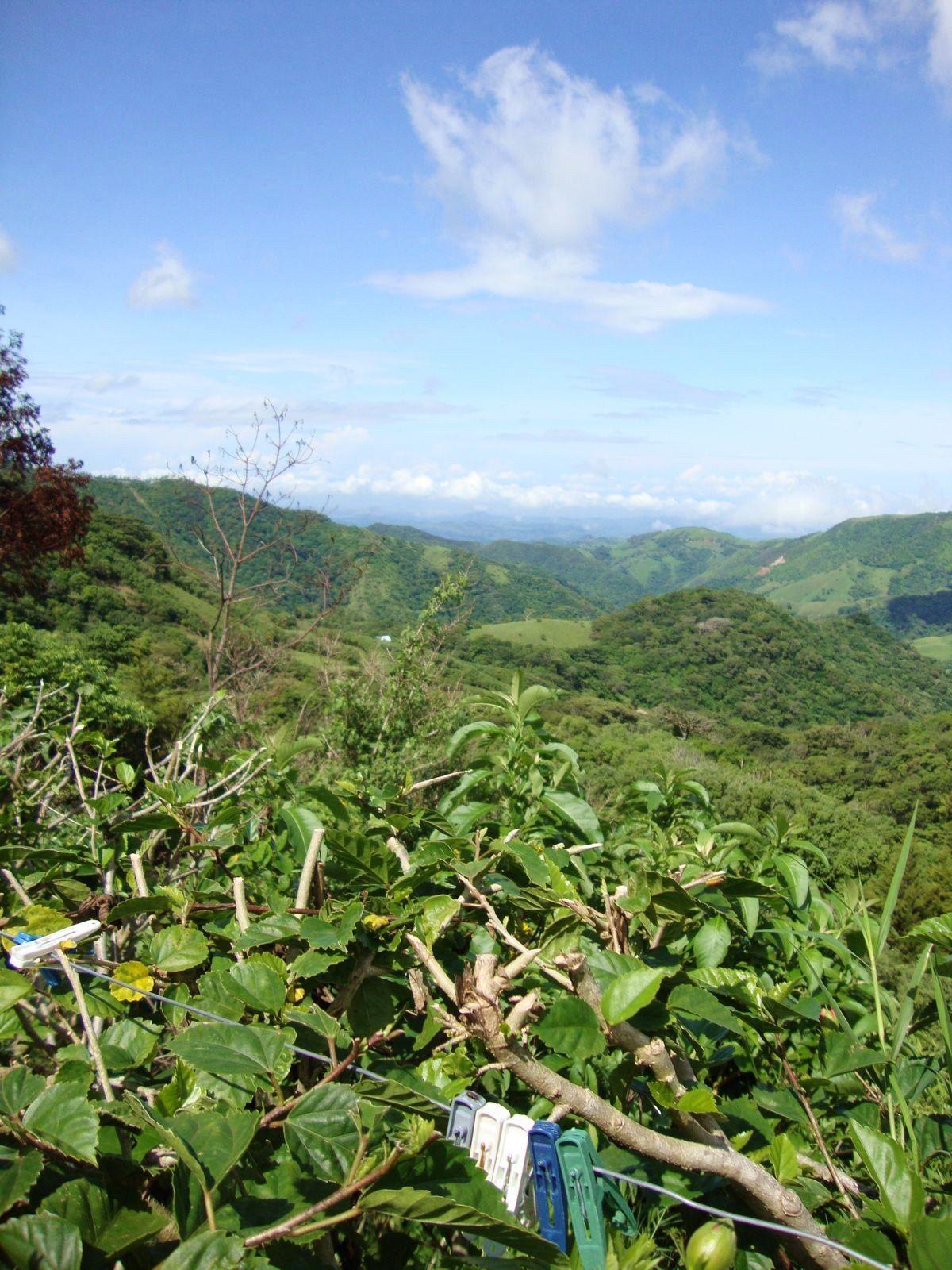 ...Look at angel clouds from Finca la Bella, Santa Elena, Costa Rica