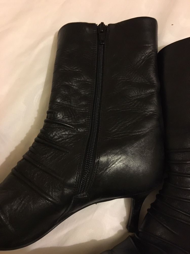 d83d77f931de9 Ladies Black Leather Timeless Ankle Boots size 5-UK