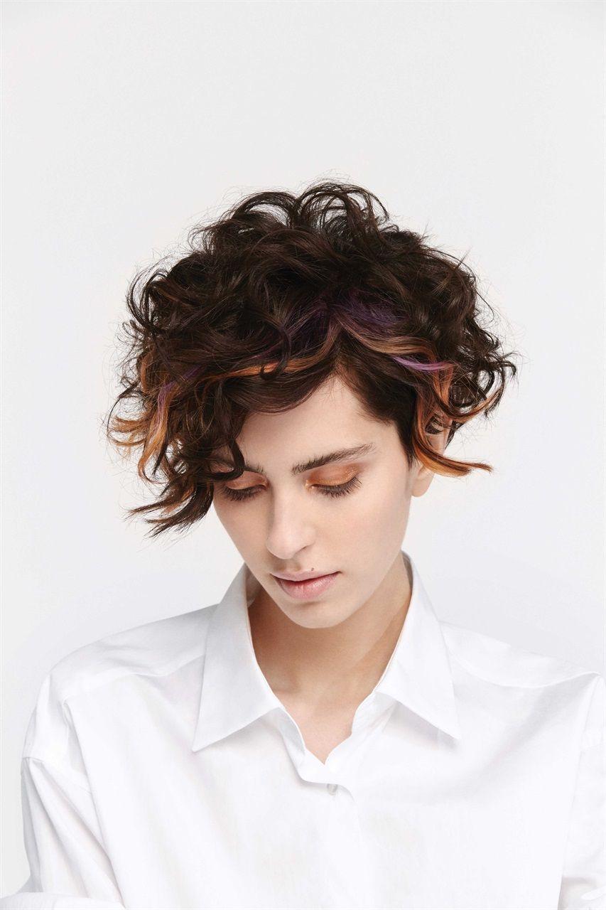 Taglio e colore per capelli ricci