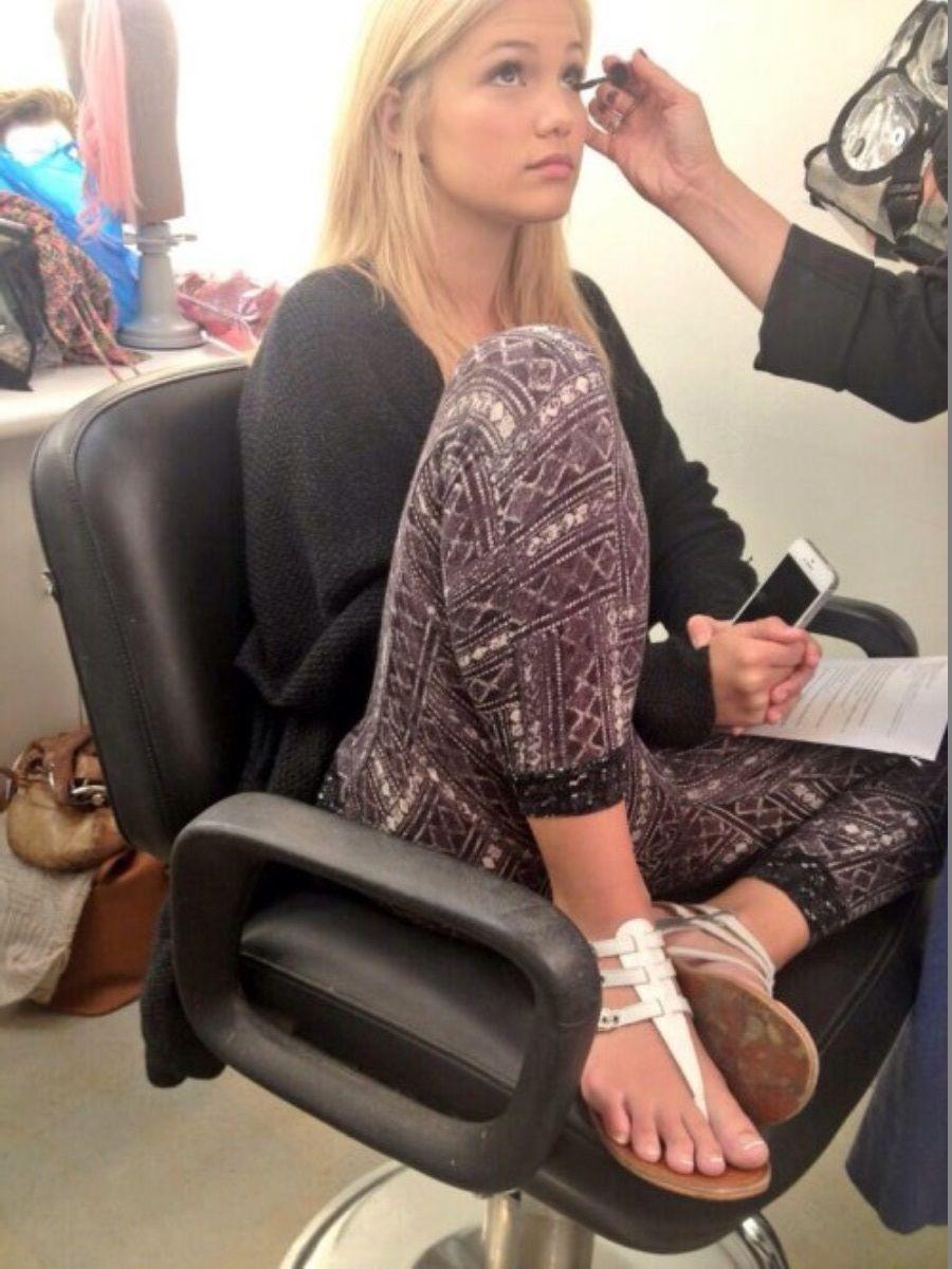Feet olivia holt Olivia Holt