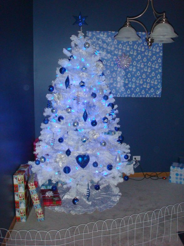 Decorating White Christmas Treescolor Scheme Blue And