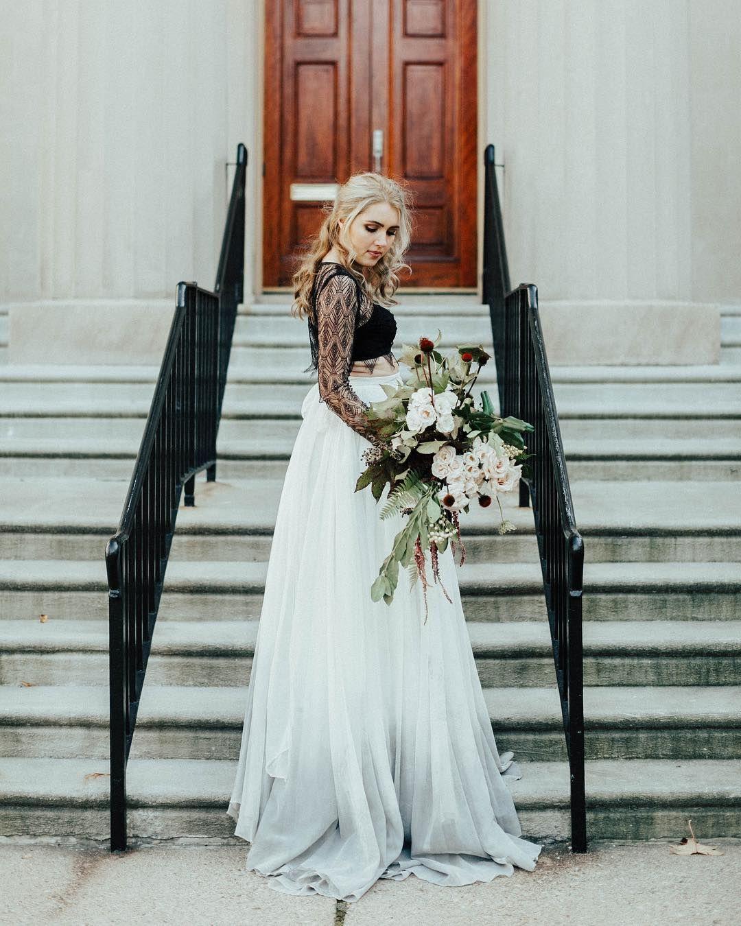 Pin By Mad On Wedding Dip Dye Wedding Dress Wedding Dresses Dye Wedding Dress [ 1350 x 1080 Pixel ]