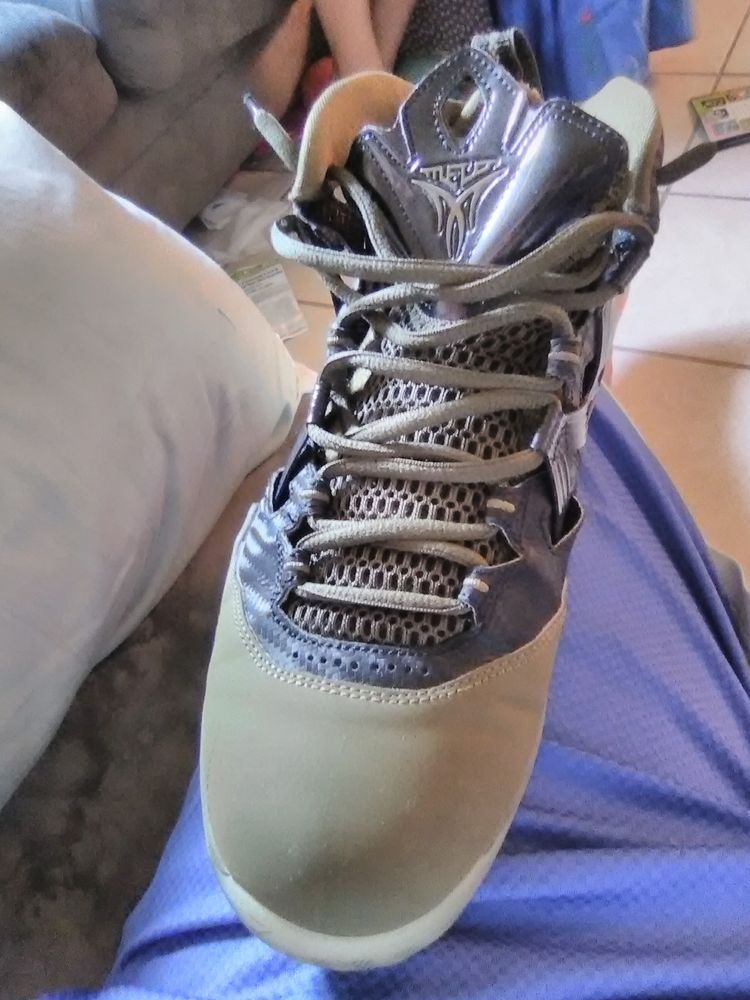 new concept 35c43 2a42f JORDAN MELO M9 MEN S BASKETBALL SHOE 551879 041 Squadron Green Size 8.5 IN  BOX  fashion  clothing  shoes  accessories  mensshoes  athleticshoes (ebay  link)
