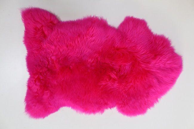 peau de mouton naturelle teintée rose fushia bonbon pink ...