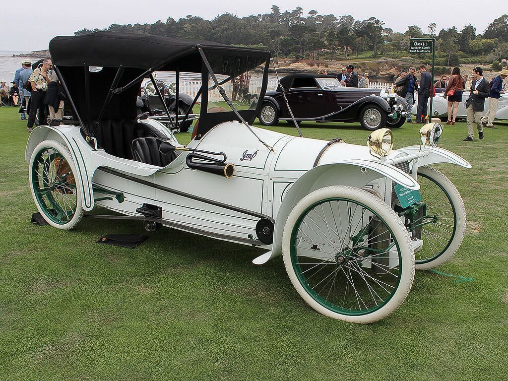 1914 Imp Cycle Car.....note the chain drive..made in