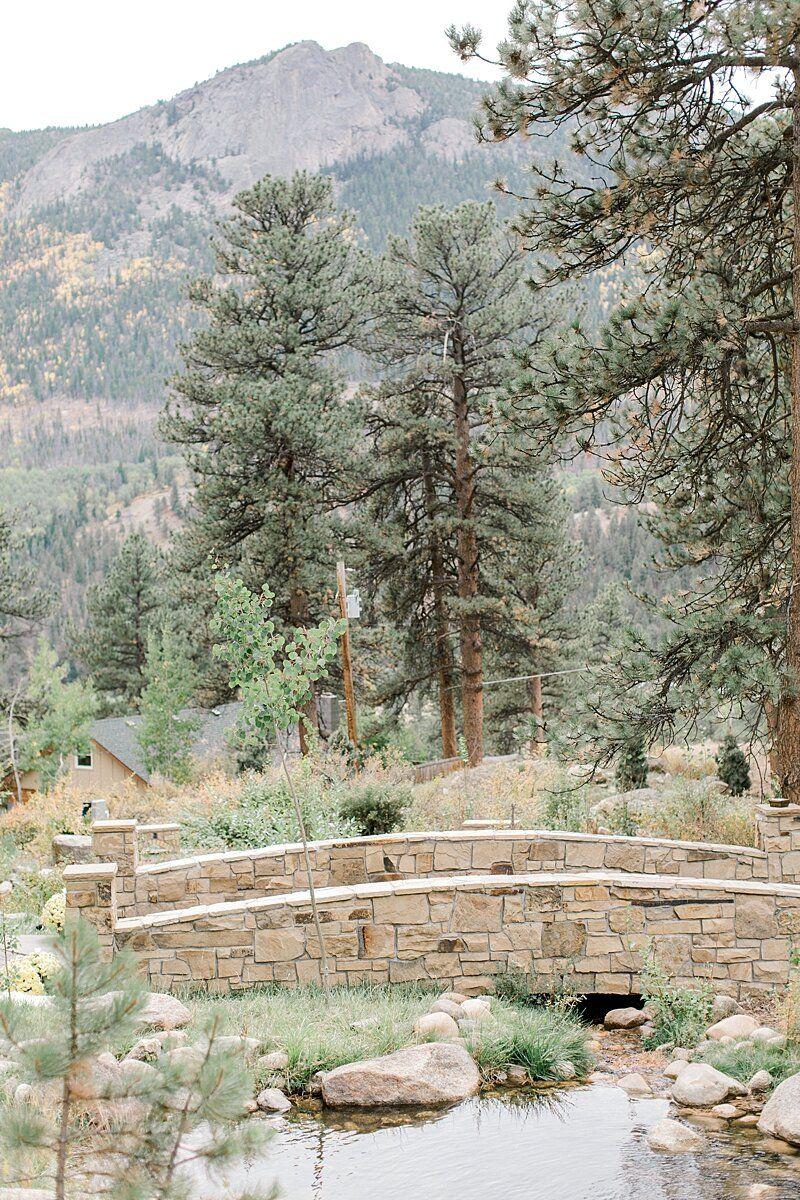 FIVE Colorado Wedding Venues near Denver with Mountain
