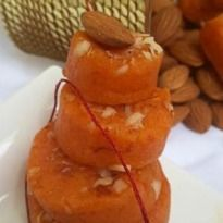 Papaya Badam Barfi: This traditional badam barfi comes with a fruity punch of papayas. An inventive treat!