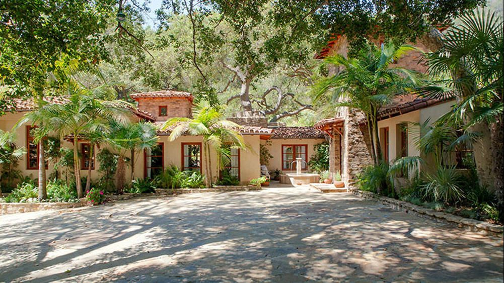 Brentwood home of late 'Golden Girl' Bea Arthur for sale
