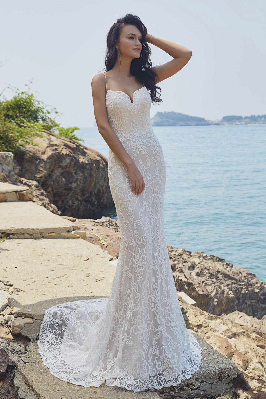 Lennox Wedding Dresses Wedding Dresses Romantic Dresses [ 1600 x 1066 Pixel ]
