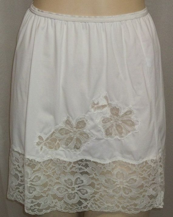f90dde978743 Vintage Vanity Fair White Floral Mini Half Slip Nylon Lace Small Pillowtab  by ShonnasVintage, $24.99
