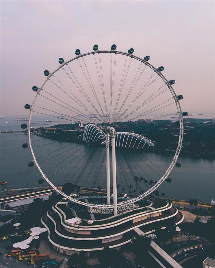 Coloridas Fotos De Singapur El Singapore Flyer Fue La Rueda De La